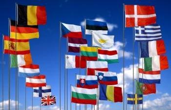 drapeauxunioneuropc3a9enne.jpg