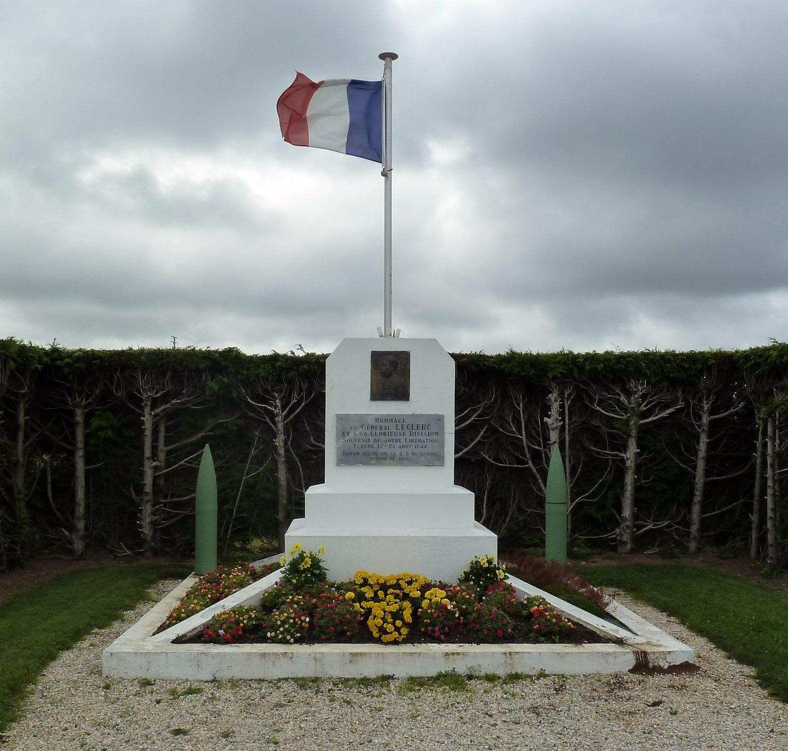 monument2medbfleur.jpg